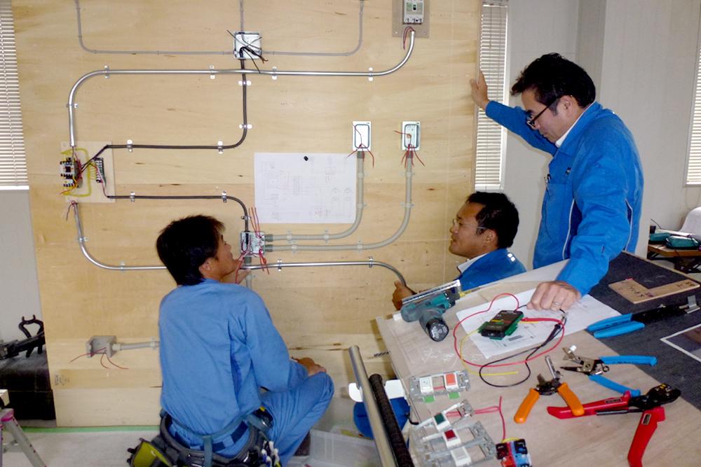 (株)関電工主催 技術・技能競技大会に向けての訓練